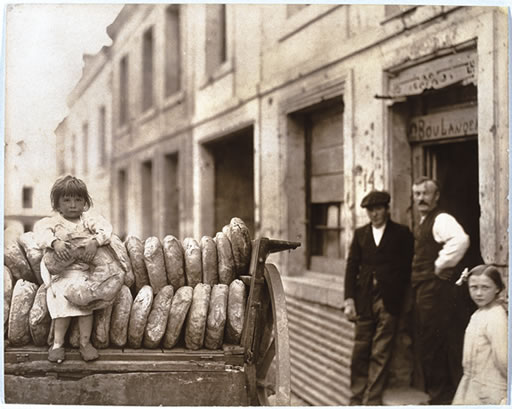 Anne Morgan - Girl With Bread